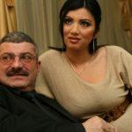 Bahmuțeanca a rămas în kuru gol după divorțul de Prigoană! Nu are nimic pe numele ei în afară de rejuvenarea aia vaginală!