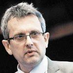 Economistul-șef BNR, Valentin Lazea, propune concedierea a 300.000 de bugetari. Ar fi ok dacă s-ar începe cu lipitorii de afișe și expertele PDF