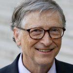 Umblă cu fața asta de tocilar, iar el de fapt e mai afemeiat ca Borcea: Bill Gates își invita subalternele să le arate colecția lui de cip-uri!