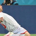Goran Pandev aleargă la 38 de ani mai mult decât Ianis și scrie istorie pe Arena Națională, dar nu seamănă cu Zidane